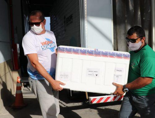 Saúde envia aos municípios, nesta segunda-feira, 147.990 vacinas contra a Covid-19